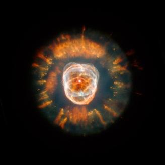 Den s.k. eskimå - nebulosan fotograferad med HST.